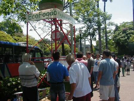 Do interior de Minas Gerais vieram várias pessoas especialmente para conhecer o Ecofogão.