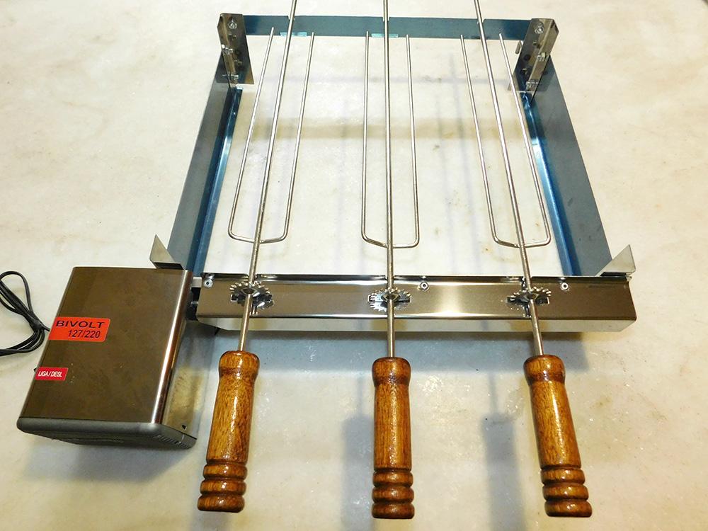 grill-inox-3-espetos-650f